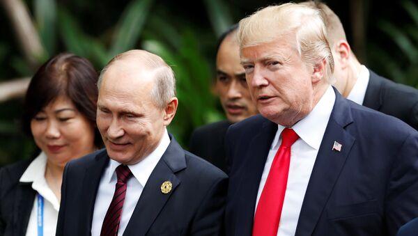 Putin - Trump - APEC Zirvesi - Sputnik Türkiye