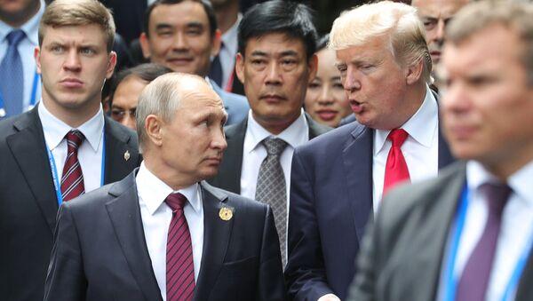Vladimir Putin - Donald Trump - Sputnik Türkiye