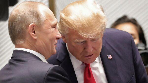 Rusya Devlet Başkanı Vladimir Putin-ABD Başkanı Donald Trump - Sputnik Türkiye