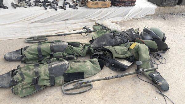 Deyr ez Zor'da ele geçirilen depolarda çok sayıda ABD silahı tespit edildi - Sputnik Türkiye