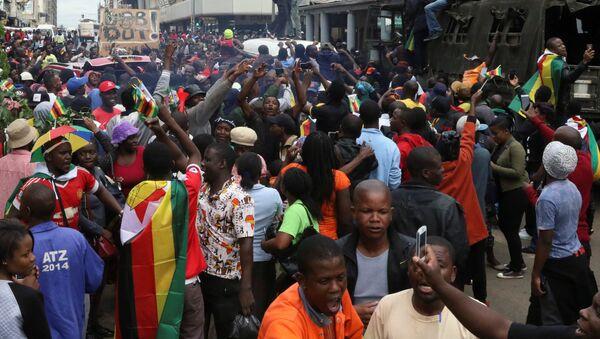 Zimbabve'de protestolar - Sputnik Türkiye
