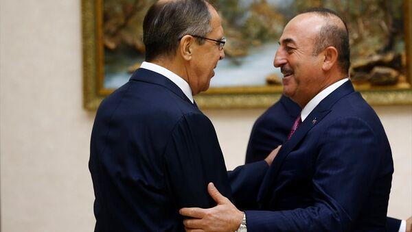 Dışişleri Bakanı Mevlüt Çavuşoğlu ve Rusya Dışişleri Bakanı Sergey Lavrov - Sputnik Türkiye