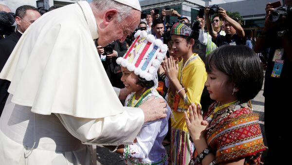 Papa Francis, Myanmar'da - Sputnik Türkiye