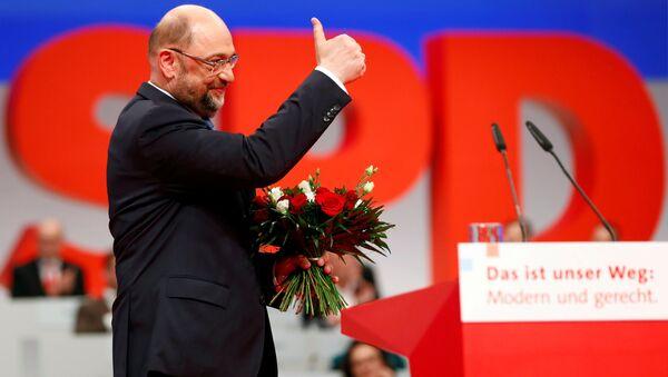 SPD Genel Başkanı Martin Schulz, partisinin kongresinde - Sputnik Türkiye