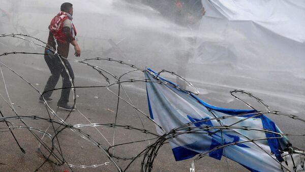 Beyrut'ta, ABD Büyükelçiliği önündeki Kudüs protestosuna polis müdahalesi - Sputnik Türkiye