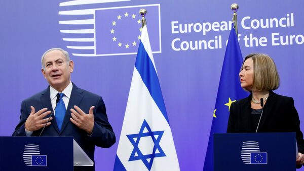 Avrupa Birliği Dış İlişkiler ve Güvenlik Politikaları Yüksek Temsilcisi Federica Mogherini- İsrail Başbakanı Benyamin Netanyahu - Sputnik Türkiye