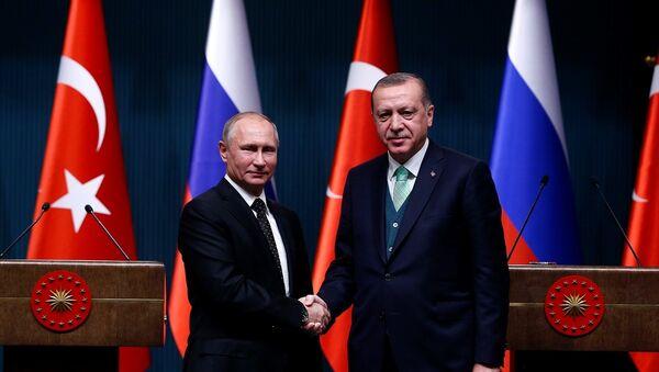 Rusya Devlet Başkanı Vladimir Putin ile Türkiye Cumhurbaşkanı Recep Tayyip Erdoğan - Sputnik Türkiye
