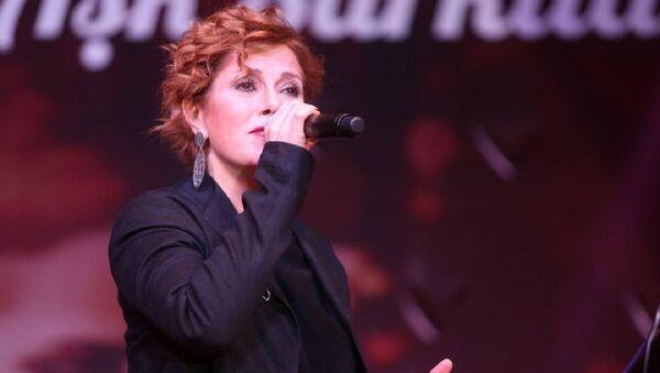 Zuhal Olcay - Sputnik Türkiye