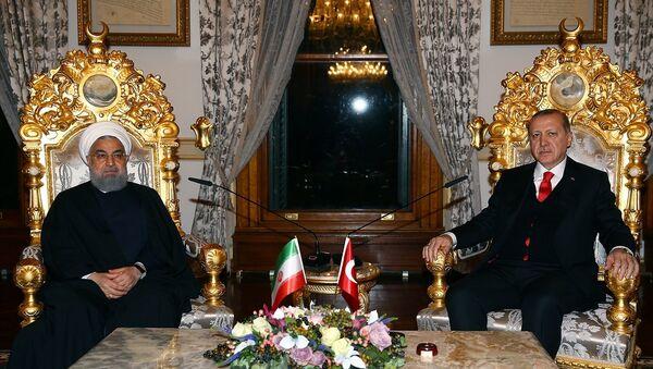 Cumhurbaşkanı Recep Tayyip Erdoğan ve İran Cumhurbaşkanı Hasan Ruhani - Sputnik Türkiye