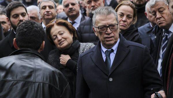 Mesut Yılmaz, Berna Yılmaz, cenaze - Sputnik Türkiye