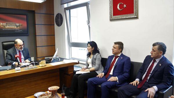 Rusya Devlet Duması komisyon başkanvekillerinden oluşan heyet - Sputnik Türkiye