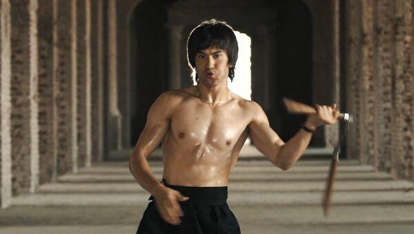 'Afgan Bruce Lee' sosyal medyada fenomen oldu - Sputnik Türkiye
