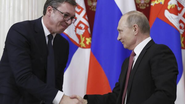 Sırbistan Cumhurbaşkanı Aleksandr Vucic ve Rusya Devlet Başkanı Vladimir Putin - Sputnik Türkiye