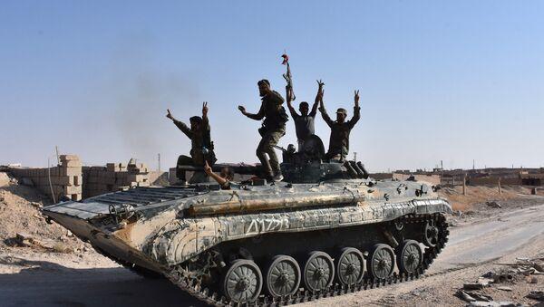 Suriye hükümetine bağlı güçler- Deyr ez Zor - Sputnik Türkiye