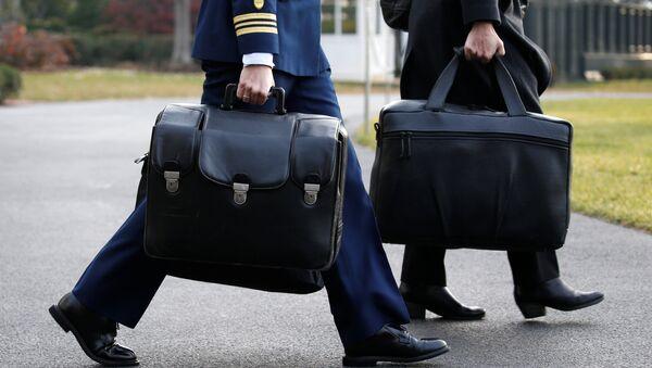 ABD Başkanı'nın nükleer saldırı düzenlemek için kullanması gereken çanta - Sputnik Türkiye