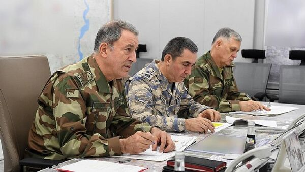 TSK'da yeni kamuflaj dönemi - Hulusi Akar - Sputnik Türkiye