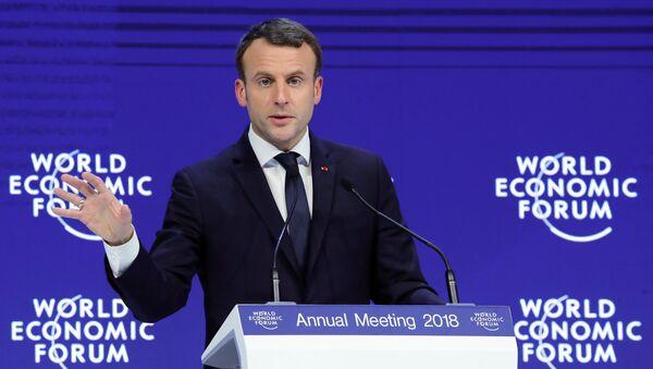 Emmanuel Macron - Davos - Sputnik Türkiye