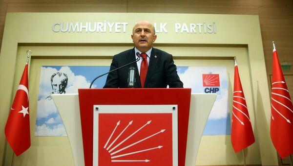 Eski YARSAV Başkanı Ömer Faruk Eminağaoğlu - Sputnik Türkiye