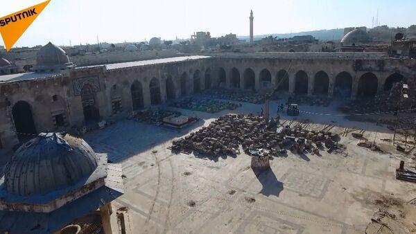 Halep'teki Emevi Camii'nin restorasyonu tam hız devam ediyor - Sputnik Türkiye