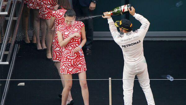 Formula One Lewis Hamilton grid kızları - Sputnik Türkiye