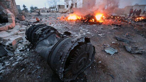 Suriye'de Rus uçağı düşürüldü - Sputnik Türkiye