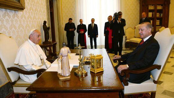 Papa Francis - Cumhurbaşkanı Recep Tayyip Erdoğan - Sputnik Türkiye