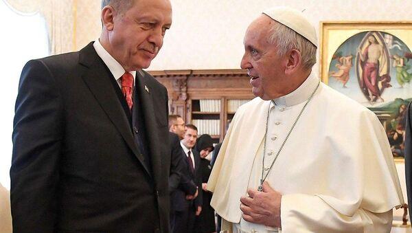 Cumhurbaşkanı Recep Tayyip Erdoğan - Papa Francis - Sputnik Türkiye