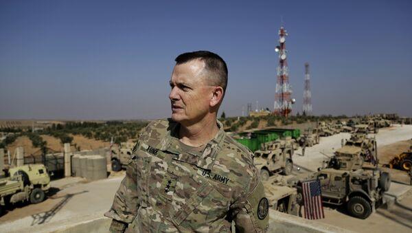 Korgeneral Robert E.Funk - Sputnik Türkiye