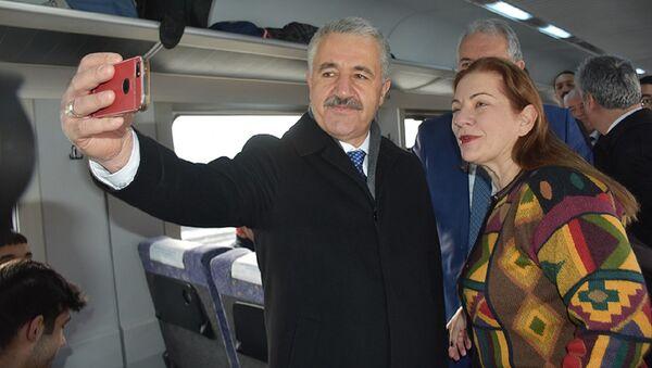 Ulaştırma, Denizcilik ve Haberleşme Bakanı Ahmet Arslan - Sputnik Türkiye