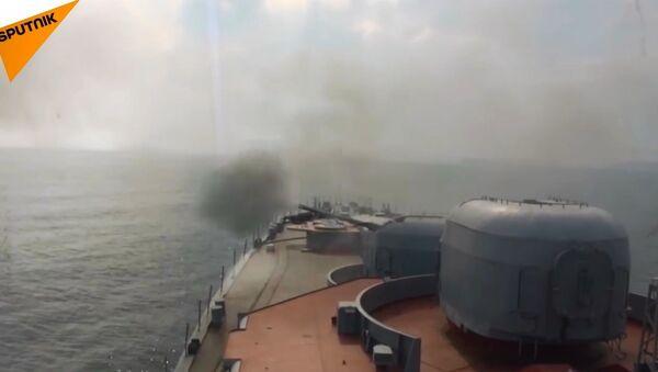 Rus denizaltısavar gemisinden Japon Denizi'nde füze atışları - Sputnik Türkiye