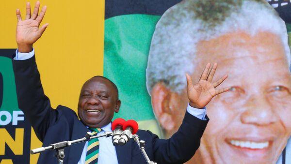 Güney Afrika'nın yeni devlet başkanı Cyril Ramaphosa - Sputnik Türkiye