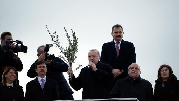 Cumhurbaşkanı ve AK Parti Genel Başkanı Recep Tayyip Erdoğan Eskişehir'de - Sputnik Türkiye