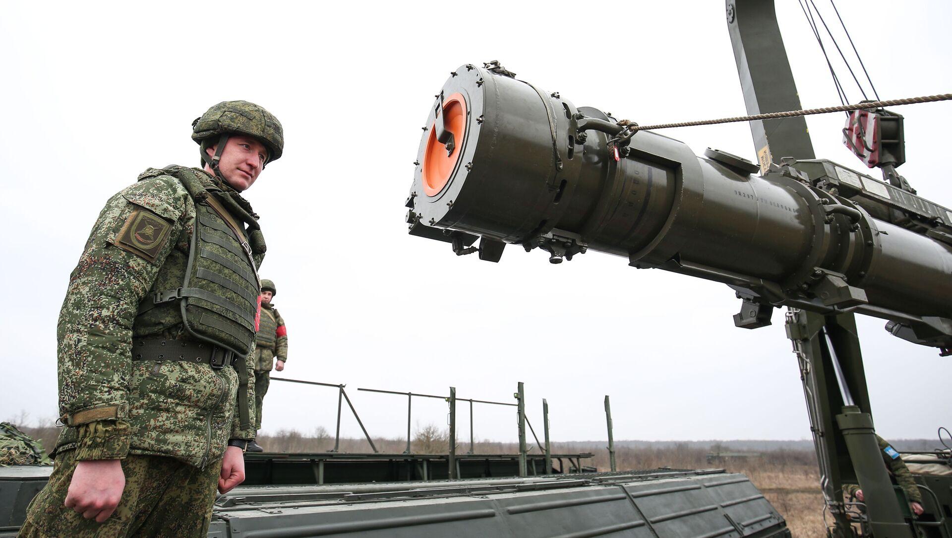 Rus ordusundan İskender-M füzeleriyle taktik tatbikat - Sputnik Türkiye, 1920, 01.03.2021