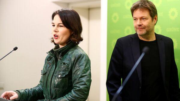 Almanya Yeşiller Partisi eşbaşkanları Robert Habeck ve Annalena Baerbock - Sputnik Türkiye