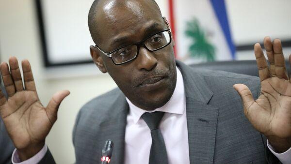 Haiti Planlama ve Uluslararası İş Birliği Bakanı Aviol Fleurant - Sputnik Türkiye