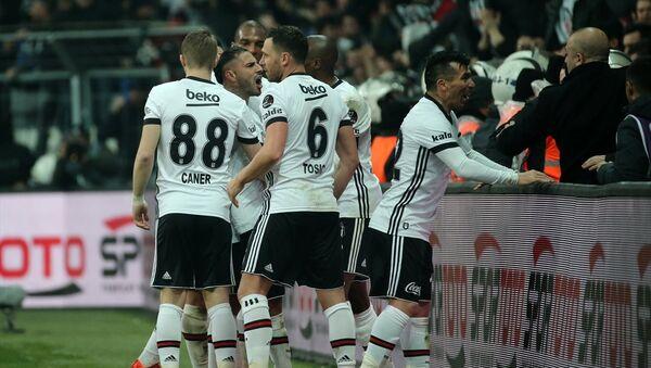 Beşiktaş ligin 23. haftasında Fenerbahçe'yi 3-1 mağlup etti - Sputnik Türkiye