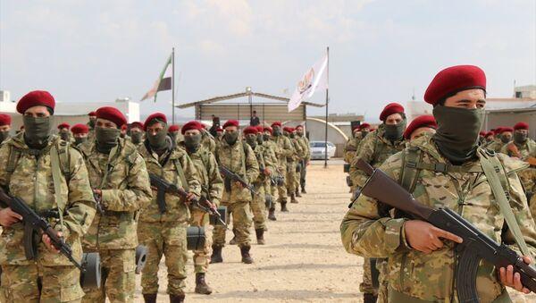 Özgür Suriye Ordusu (ÖSO) bileşenlerinden Hamza Tümeni tarafından oluşturulan Kürt Şahinleri Tugayı - Sputnik Türkiye