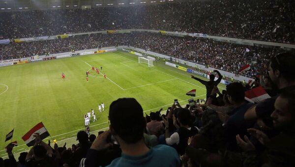 Irak Kerbela stadyumu Irak Suriye milli futbol takımları dostluk maçı 13 Kasım 2017 - Sputnik Türkiye