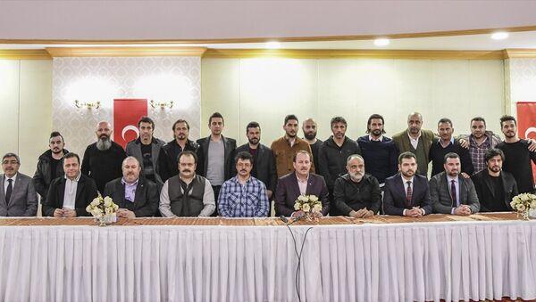Sporcular ve ünlü isimler, Afrin'e destek için sınıra gitti - Sputnik Türkiye