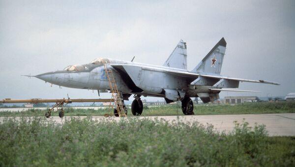 MİG-25  - Sputnik Türkiye