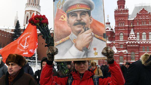 Eski Sovyetler Birliği lideri Joseph Stalin ölümünün 65. yıldönümünde anıldı - Sputnik Türkiye