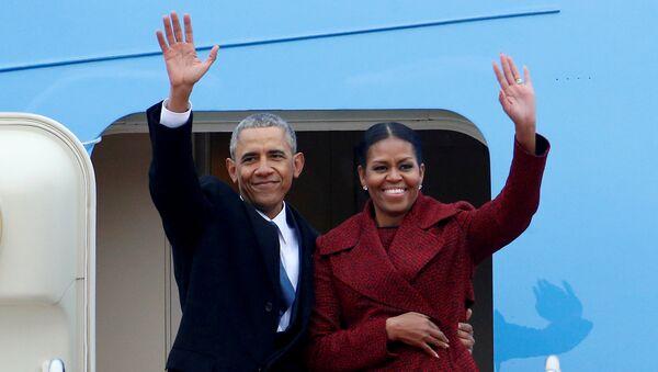 Eski ABD Başkanı Barack Obama-Eski First Lady Michelle Obama - Sputnik Türkiye