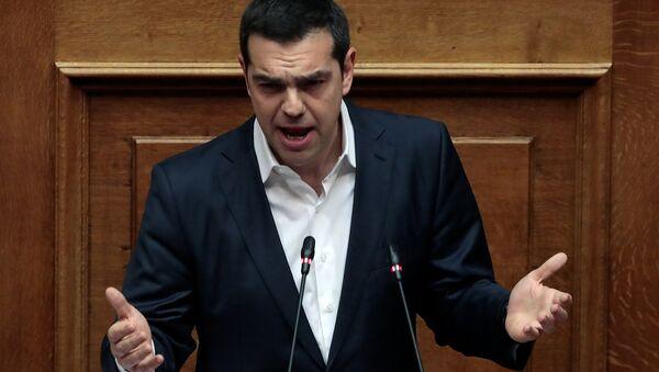Yunanistan parlamento Başbakan Aleksis Çipras - Sputnik Türkiye