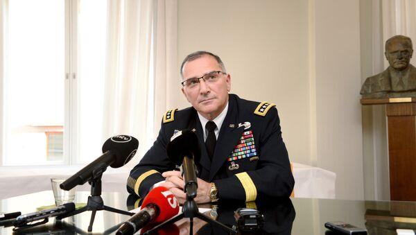 NATO'nun Avrupa Müttefik Kuvvetler Komutanı Orgeneral Curtis Scaparrotti - Sputnik Türkiye