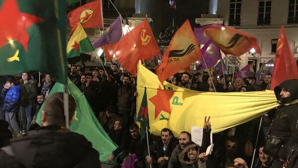 Paris'te Afrin protestosu (arşiv) - Sputnik Türkiye