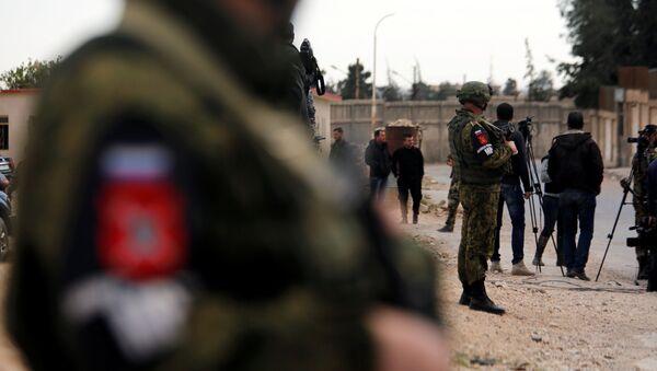 Doğu Guta'daki Rus askerleri - Sputnik Türkiye