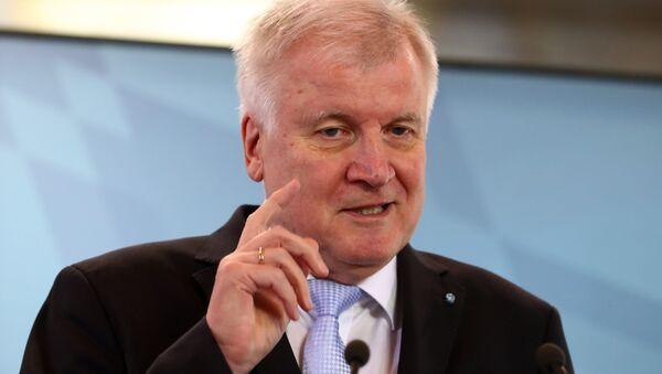 Almanya İçişleri, Bayındırlık ve Yurt Bakanı Horst Seehofer - Sputnik Türkiye