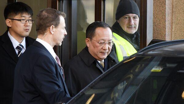 Kuzey Kore Dışişleri Bakanı Ri Yong Ho - Sputnik Türkiye