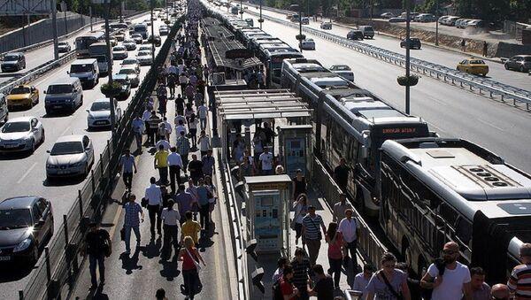 Metrobüs - Sputnik Türkiye