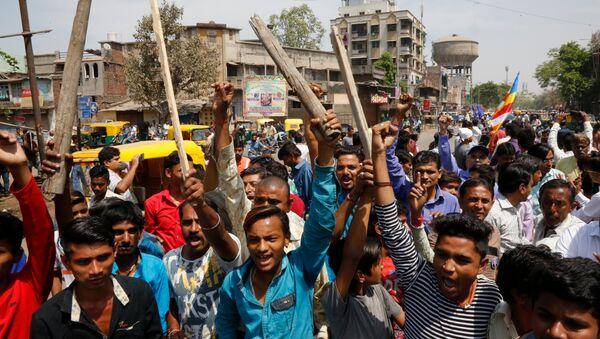 Hindistan'da milyonlarca çalışan greve gitti - Sputnik Türkiye